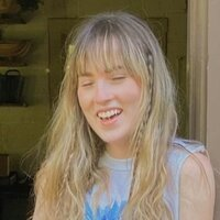 Award-winning university a cappella group musical director and final year English Literature student offering online singing lessons