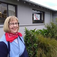 Over 20 years of tutoring experience in Invercargill with teacher and adult education qualifications